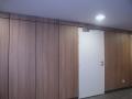 05-habillages-muraux-et-porte-a-peindre-avec-ferme-porte